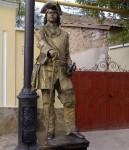 Петр 1 фотография живая статуя