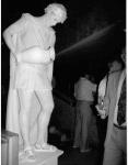 Как сделать живую статую фотография