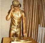 Золотая живая статуя в Москве на открытии вечеринки заказать недорого