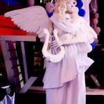 фотография живой скульптуры ангел